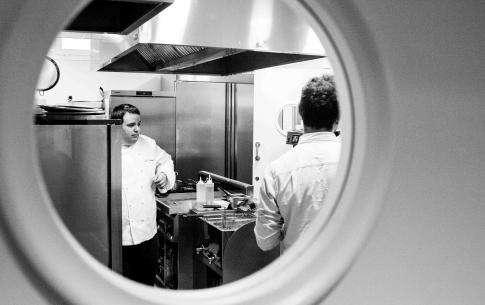 Le Chef Juan Carlos Ferrandos'installe au restaurant MAHASTI  de Villa Magalean Hotel & Spa**** à Hondarribia